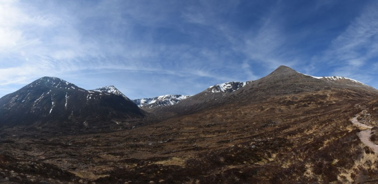 08 April Lairig Ghru pano b