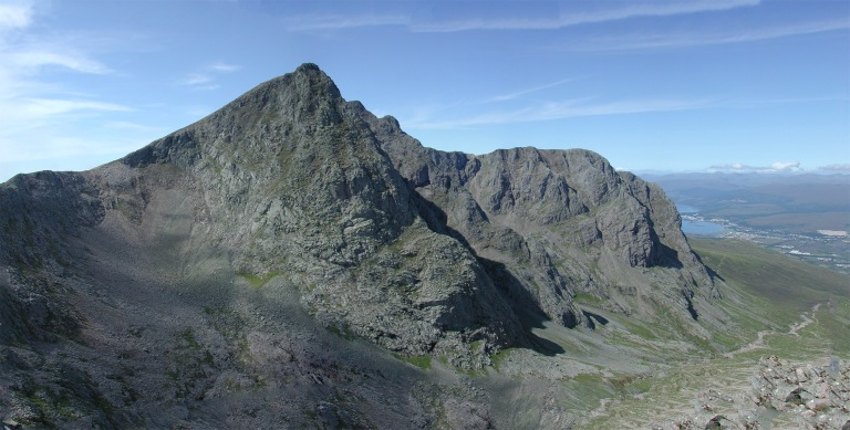 10 Aug Ben Nevis from CMD pano e