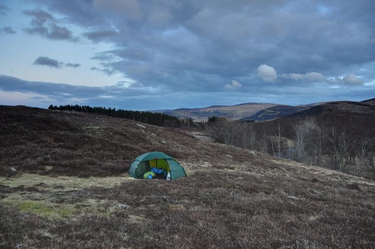 02 Apr Glen Esk wild camp h