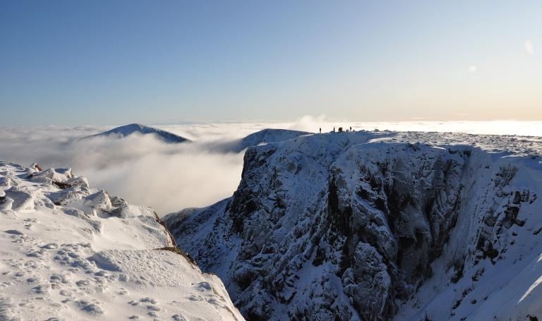 07 Nov climbers on Coire Bhrochain cliffs e