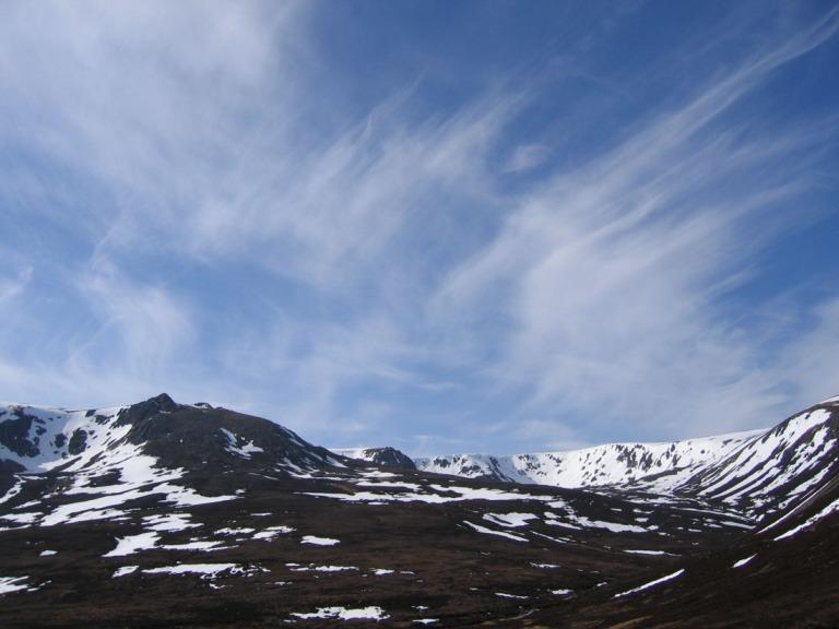 29 April Beinn a Bhuird tops with wisp clouds d